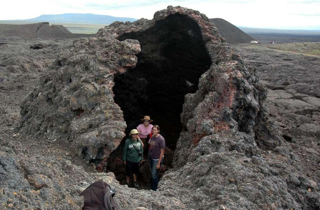 Un petit cône volcanique à Jordan Craters, un terrain volcanique dans l'est de l'Oregon qui aurait été formé il y a moins de 30.000 ans. Cet endroit se situe juste au-dessus d'un des bras du panache. ©️ Victor Camp