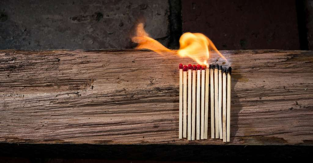 L'étude de danger caractérise, évalue et analyse les risques liés à une installation industrielle. Elle les prévient et les réduit autant que technologiquement réalisable et économiquement acceptable, quelles que soient leurs causes. © raedon, Pixabay, CC0 Creative Commons