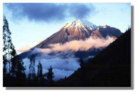 Volcan Tungurahua, Equateur © IRD/Michel Monzier