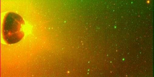 Nuages de sodium entourant Io