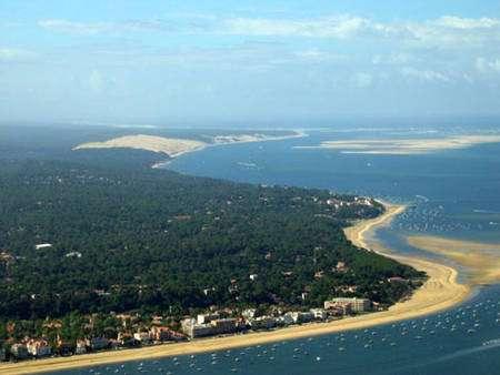 Vue d'Arcachon depuis la dune du Pyla. © DR