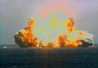 Explosion du lanceur une seconde après la mise à feu. Crédit Sea Launch.