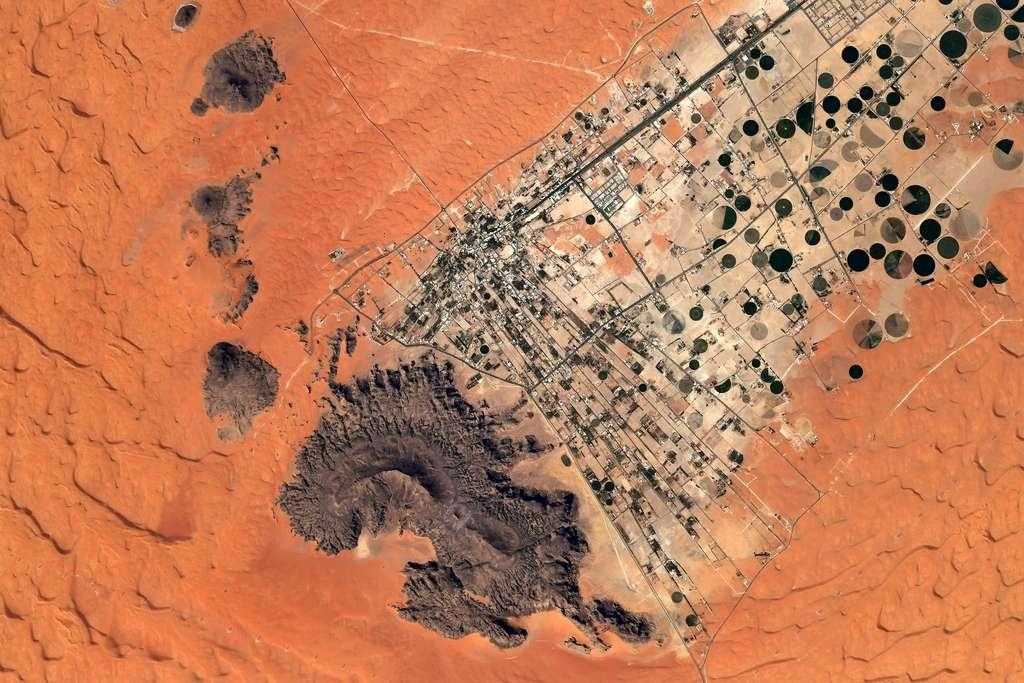 Survol du désert saoudien. © Nasa, ESA, T. Pesquet