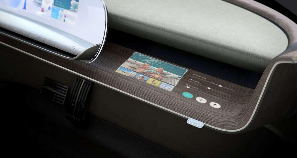 Le vide-poche est de forme horizontale allongée pour loger livres ou tablettes électroniques. © Hyundai