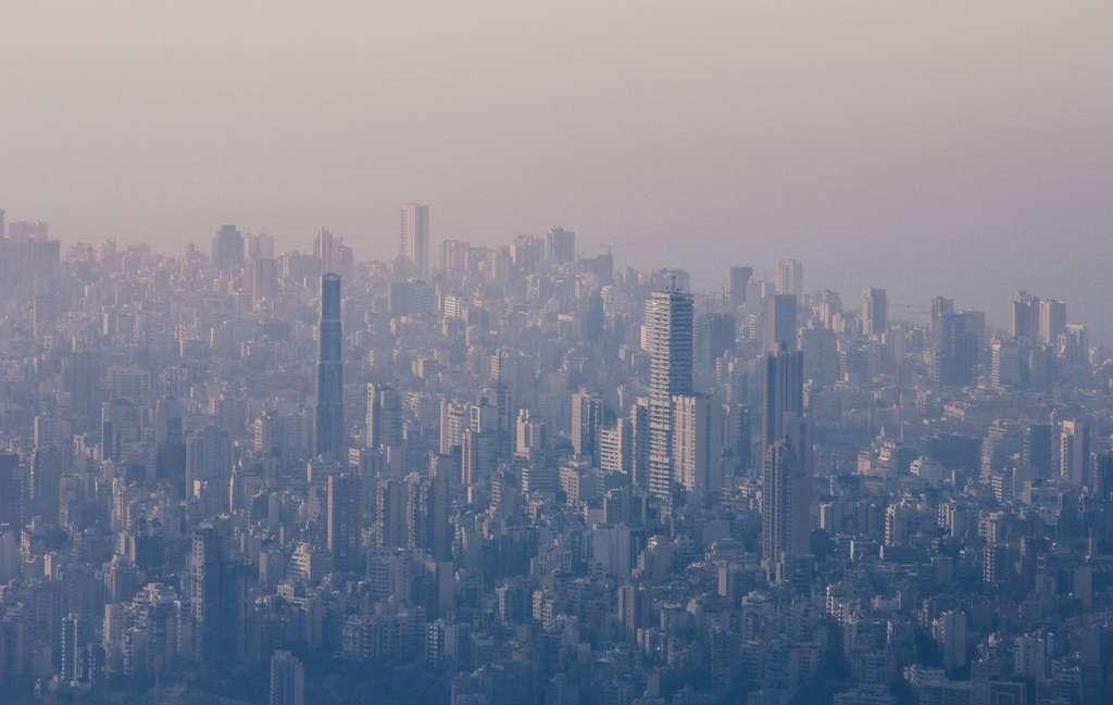 La pollution de l'air due aux particules fines est responsable de la mort de 48.000 personnes chaque année en France. Ici, la pollution au-dessus de Beyrouth. © disq, fotolia