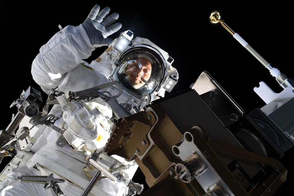 Selfie de Thomas Pesquet pris lors de sa sortie extravéhiculaire le 12 septembre 2021. © Nasa, ESA, T. Pesquet