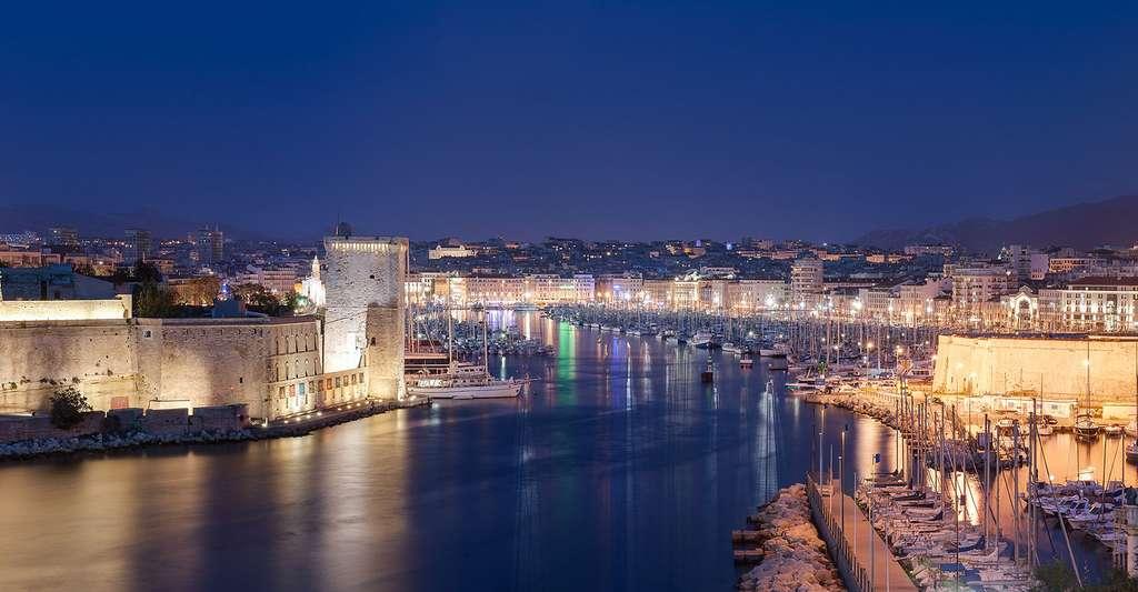 Vieux port de Marseille, vu depuis le parc du Pharo. © Benh LIEU SONG, Wikimedia commons, CC by-sa 3.0