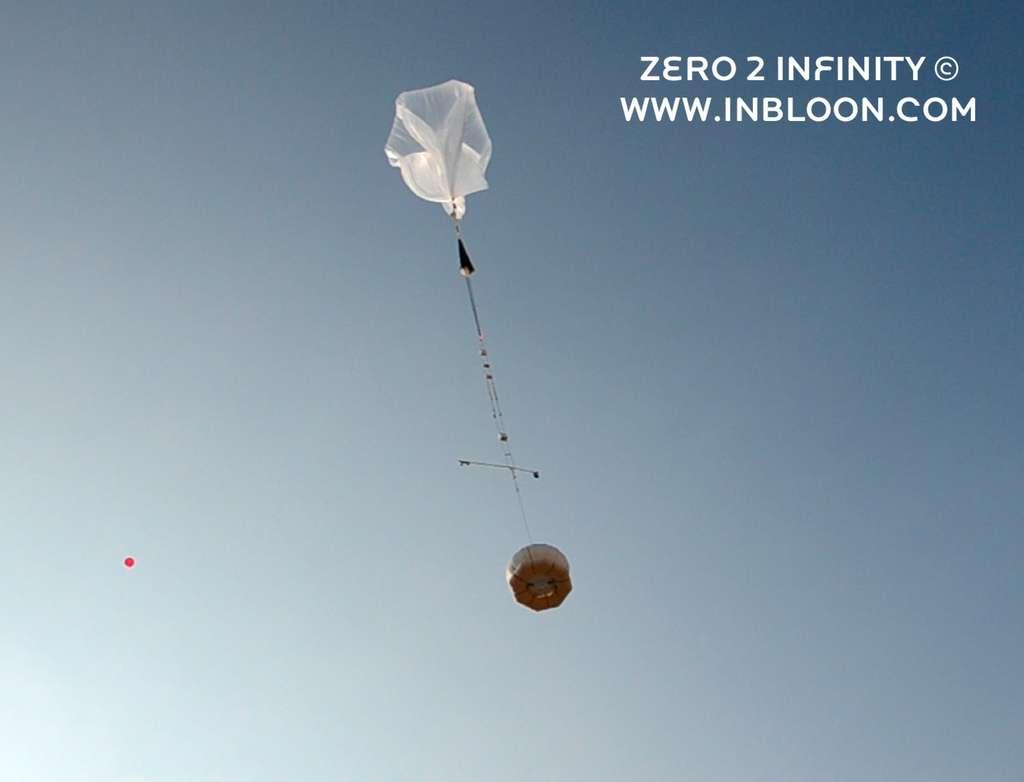 Le lancement du 6 septembre 2013 a eu lieu depuis l'aéroport de Córdoba. Lorsque la société commercialisera ses vols, tous les ballons seront récupérés. © Zero2infinity