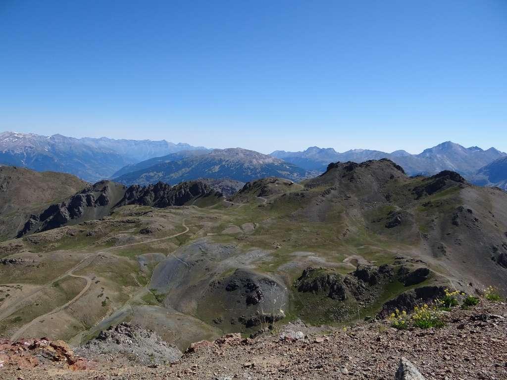 Les ophiolites du Chenaillet font partie du massif du Queyras dans les Alpes. © Morgane Gillard