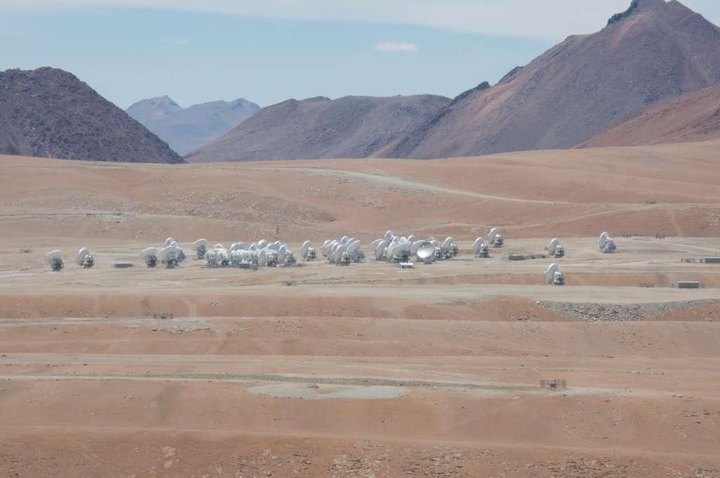 Alma, un télescope au milieu du désert