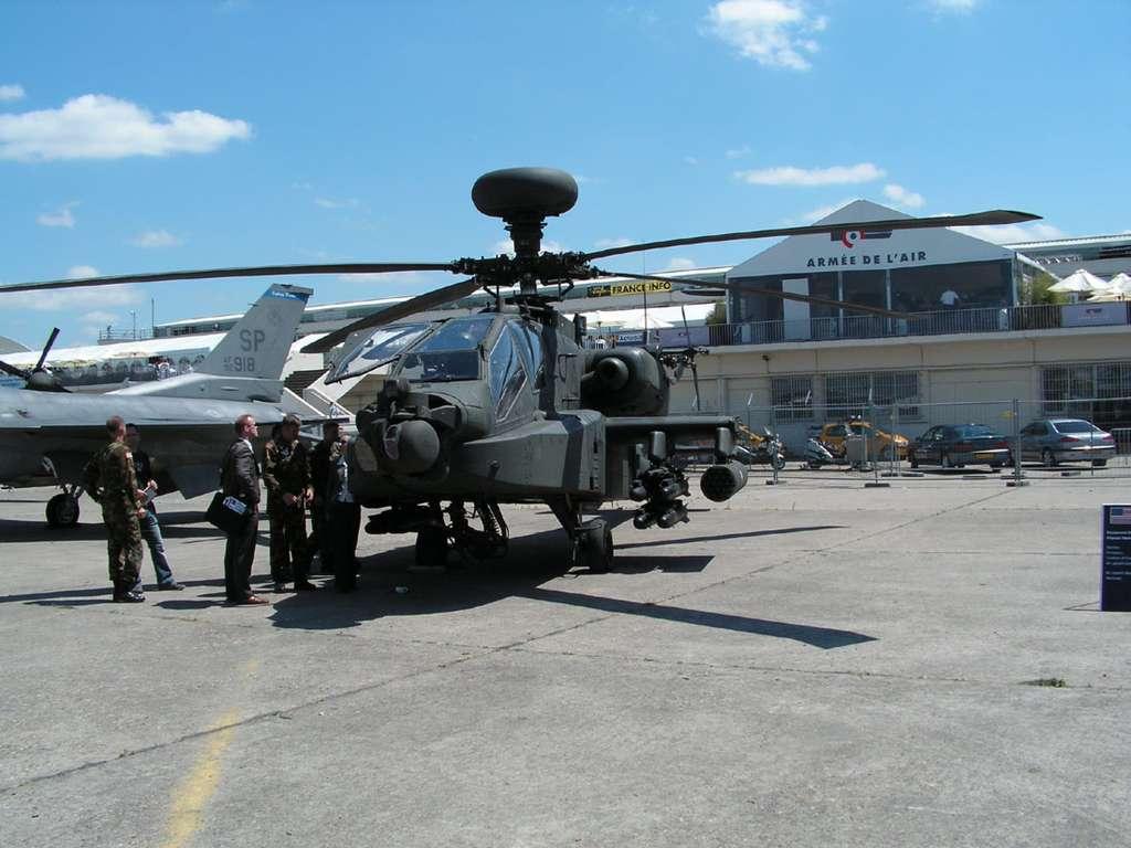 Apache au Salon du Bourget