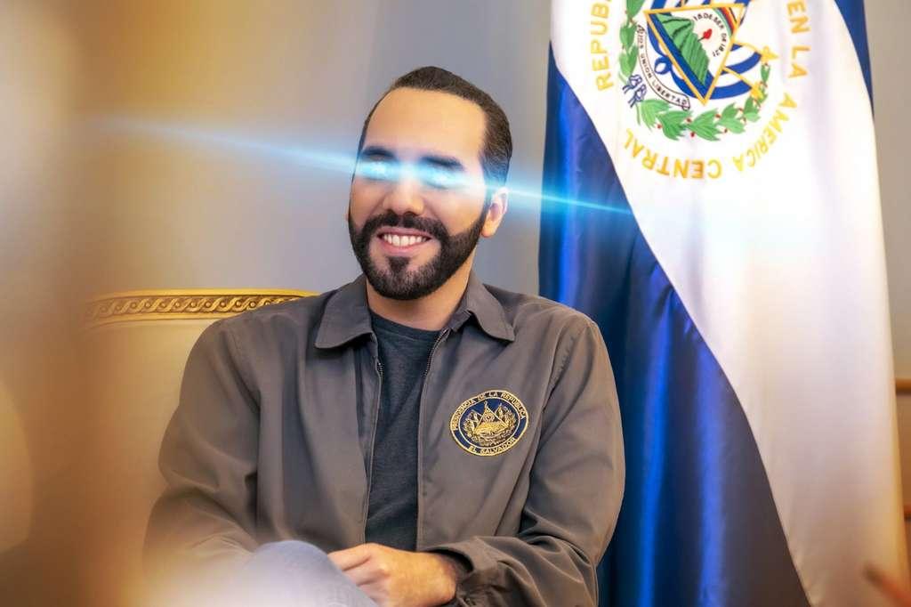 Un rayon bleu au niveau des yeux sur la photo de profil Twitter du président salvatorien pour symboliser l'adoption du Bitcoin comme monnaie légale. © Twitter, le 12 juin dernier