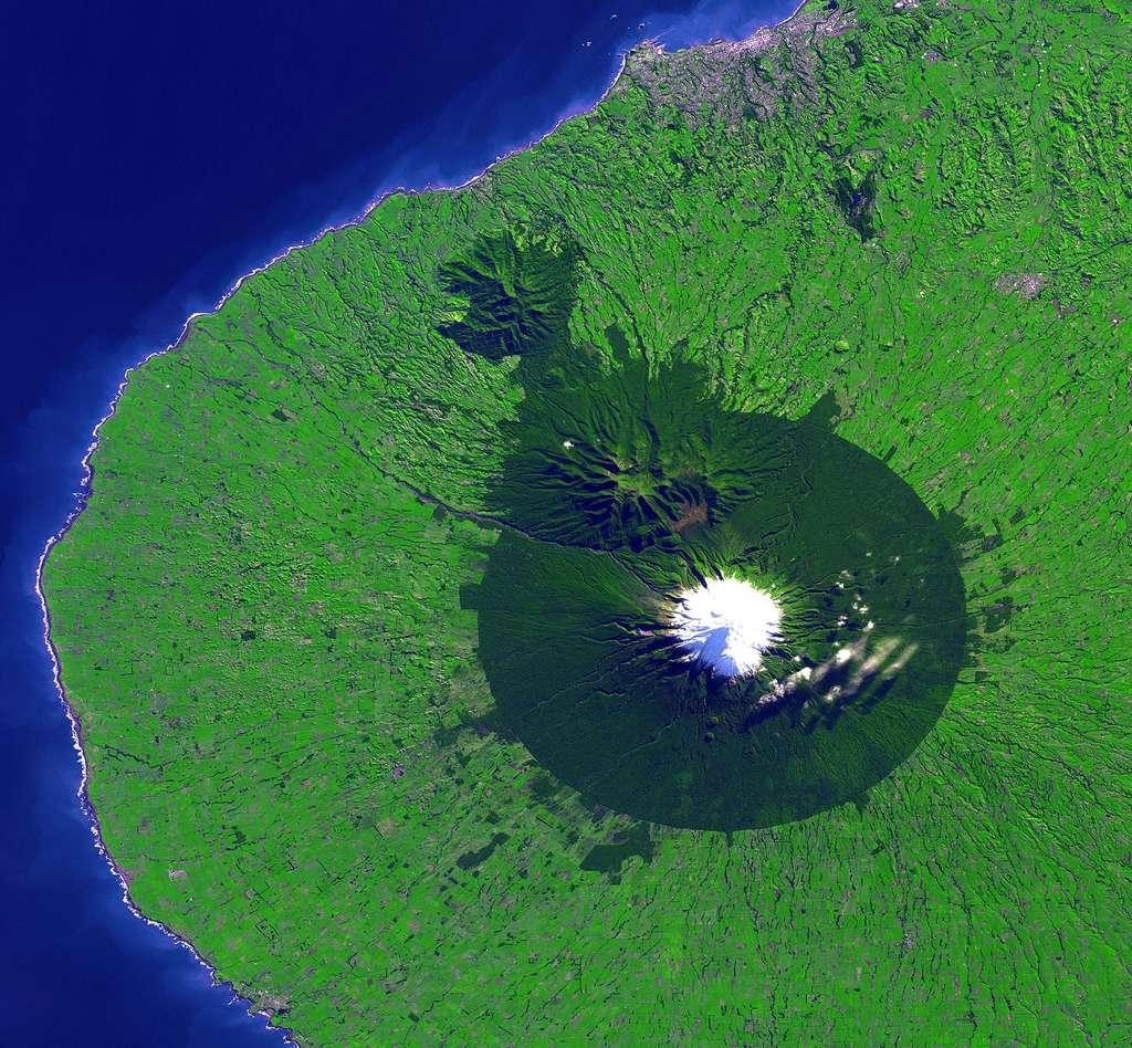 Le Parc National d'Egmont vu depuis l'espace