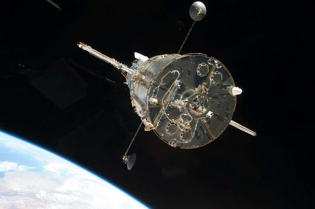 Des observations du télescope spatial Hubble dans l'ultraviolet et dans l'infrarouge proche ont récemment montré que les FRB détectés dans les galaxies spirales sont produits non seulement dans leurs bras, mais aussi dans des régions de formation d'étoiles. © Nasa