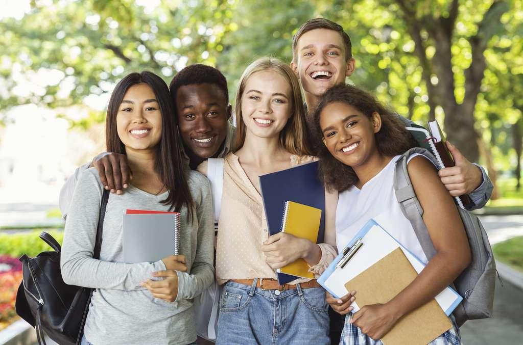 Seulement 14 écoles sont reconnues par la profession de journaliste. © Prostock-studio, Adobe Stock