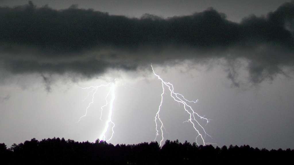 La foudre est un phénomène typique d'arc électrique. © Christopher Rosenberger, Flickr CC by-nc 2.0