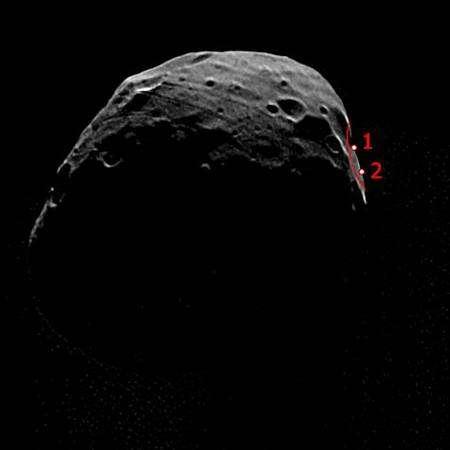 Image prise par l'instrument SRC le 22 juillet 2008 d'une distance de 4500 km, où se profile la zone d'atterrissage potentielle de Phobos-Grunt. Crédit : Esa/ DLR/ FU Berlin (G. Neukum)