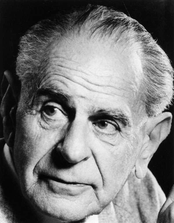Karl Popper (1902-1994) est l'un des plus importants philosophes du XXe siècle. Il est surtout connu pour l'introduction de son fameux critère de réfutabilité en philosophie des sciences. On lui doit aussi des réflexions sur les rapports entre l'esprit et la matière, en compagnie du prix Nobel de médecine John Eccles. © Wikipédia