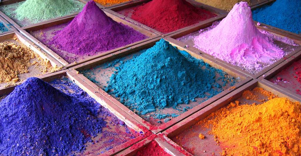 Pigments d'Inde. © Dan Brady, Wikimedia Commons, CC by 2.0