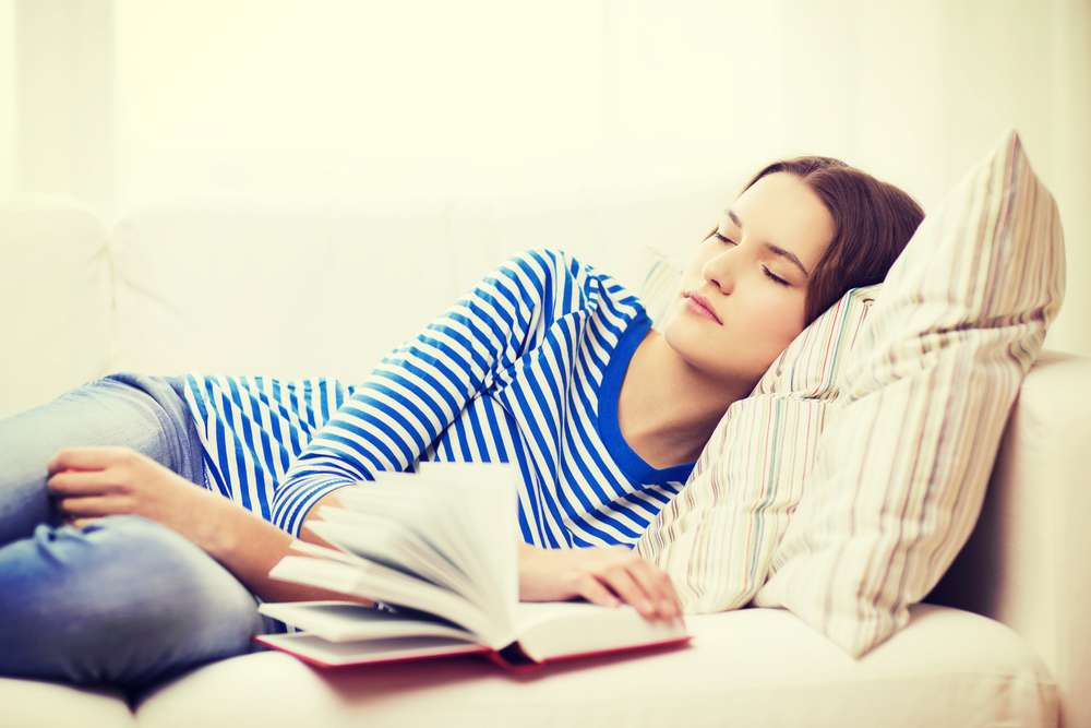 Les lève-tôt sont semblent moins exposés à la dépression que les individus qui se sont déclarés couche-tard. © A. et I. Kruk, shutterstock.com