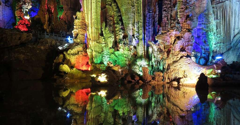 Grottes et cavernes, les secrets des profondeurs. © Janice Li, Pixabay, DP