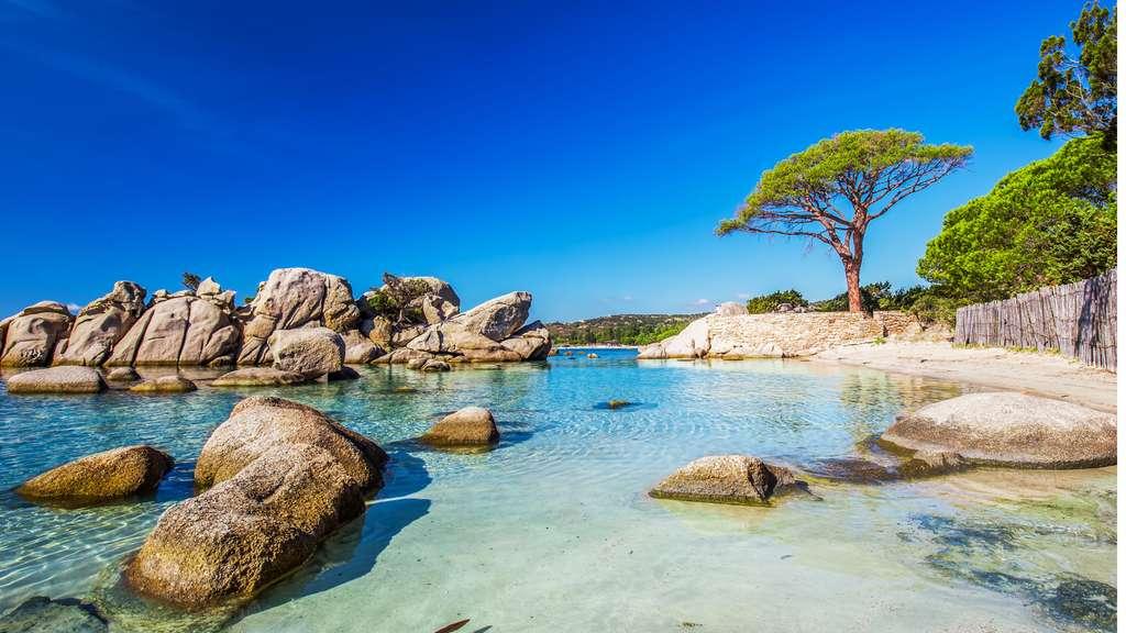En Corse, la plage splendide de Palombaggia