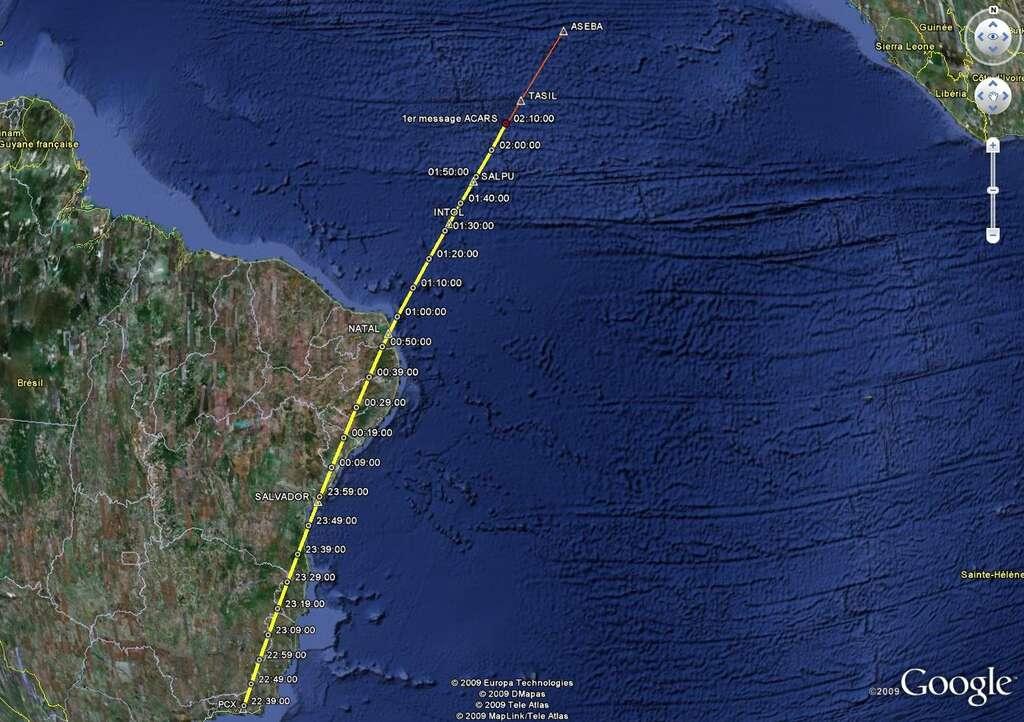 Le trajet du vol AF 447 reconstitué sur Google Earth. L'appareil s'est abîmé en mer, au milieu de l'océan Atlantique. © BEA