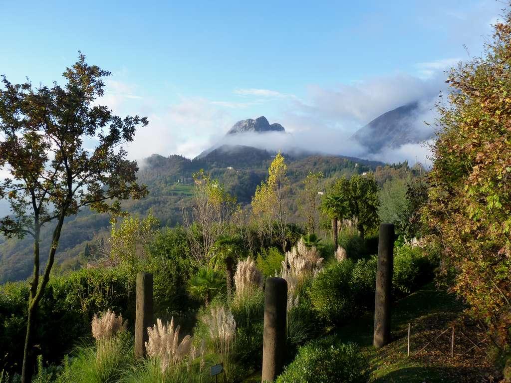 Les montagnes de Gargnano