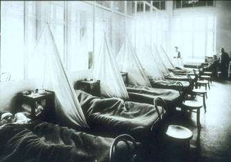 Hôpital de campagne n°45 de l'armée américaine à Aix-les-Bains, pendant la pandémie de grippe espagnole en 1918. © National Museum of Health and Medicine, Armed Forces Institute of Pathology, Washington