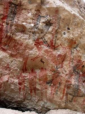 Peintures humaines et animales dans l'abri de Pintada, dans la Sierra de San Francisco (Baja California Sud, Mexique), également réalisées dans un contexte chamanique. © Jean Clottes - Tous droits réservés
