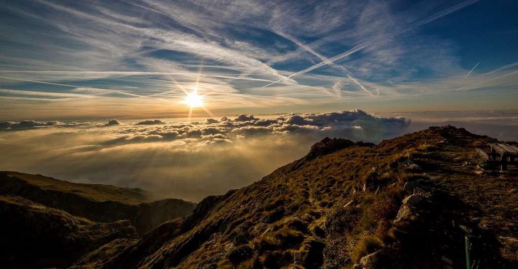 À 1.500 mètres d'altitude, le rayonnement UV est environ de 20 % plus intense qu'au niveau de la mer. © danfador, Pixabay, CC0 Creative Commons