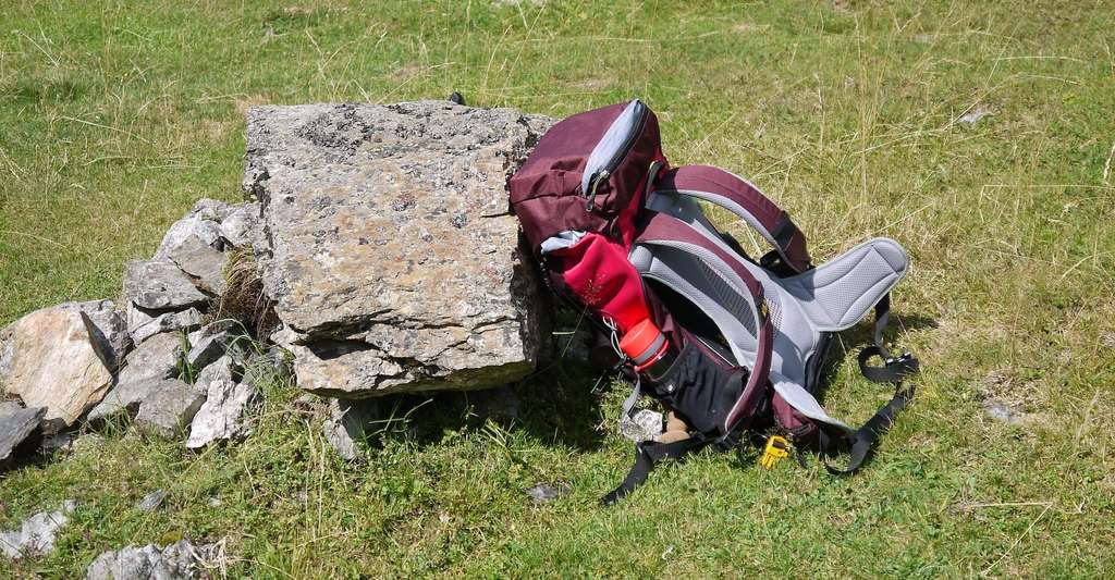 Le poids d'un sac à dos rempli ne doit pas excéder 20 % du poids du randonneur. © Wilu, Pixabay, CC0 Creative Commons