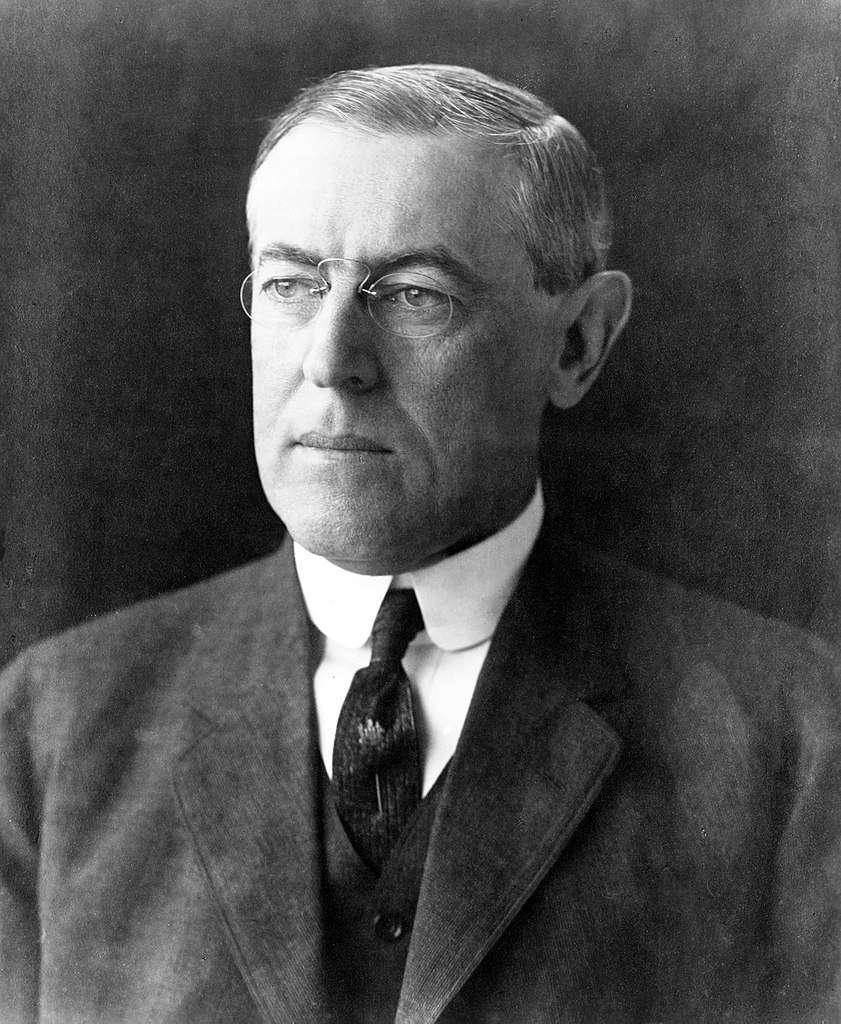 Le président Thomas Woodrow Wilson. Librairie du Congrès © Frères Pach, New York. Wikimedia Commons, Domaine public