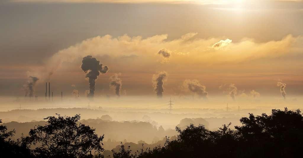 Avec une concentration de CO2 dans l'atmosphère actuellement à 412 ppm, certains experts estiment qu'un réchauffement de la planète de 3 à 4°C est probablement inéluctable. Et si nous ne faisons rien pour limiter nos émissions , la concentration de ce gaz dans l'atmosphère pourrait atteindre 2.000 ppm. Du jamais vu depuis le Trias ! © Fotolia
