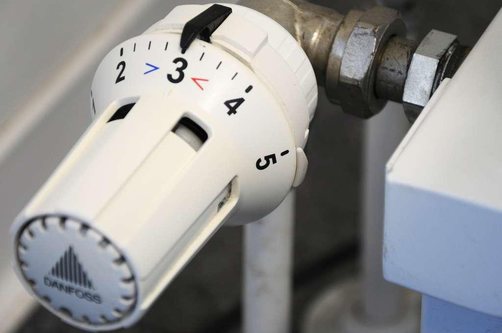 Les radiateurs électriques vous permettent de prérégler la température de confort. © ri, Pixabay, DP