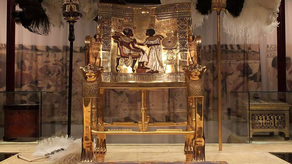 Le trône du pharaon enfant