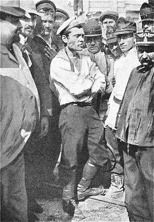 Afanassi Matuschenko, principal meneur de la mutinerie. Photographie prise au débarquement à Constantza (Roumanie), après la mutinerie en 1905. © auteur inconnu, Wikimedia Commons, domaine public