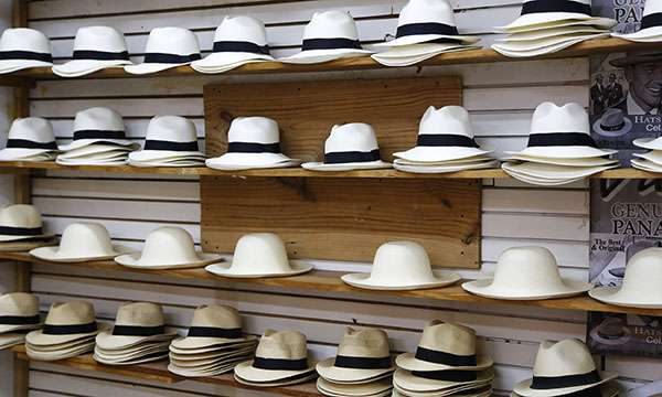 Inévitable étal de la spécialité locale : le Panama ! © Antoine, tous droits réservés