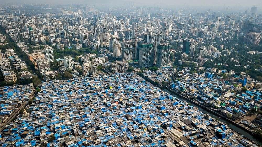 La vue aérienne de Bombay filmée par Johnny Miller avec son drone. L'image parle d'elle-même. © Johnny Miller