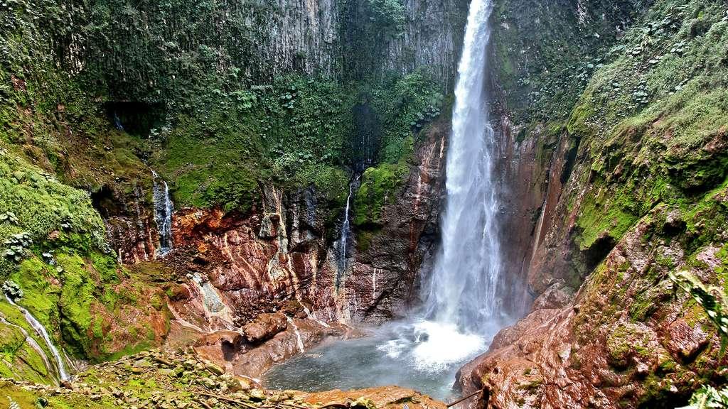 La cascade del Toro, au Costa Rica