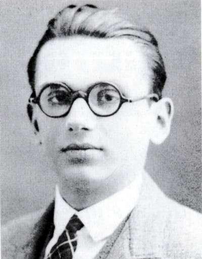 Kurt Gödel, ici en 1925. Il prouva que si la théorie habituelle des ensembles est consistante, alors la même théorie complétée par l'axiome qui affirme que l'hypothèse du continu est vraie ne conduit pas plus à une contradiction. © DP
