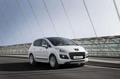 La 3008, à peine relookée, devient une hybride. © Automobiles Peugeot