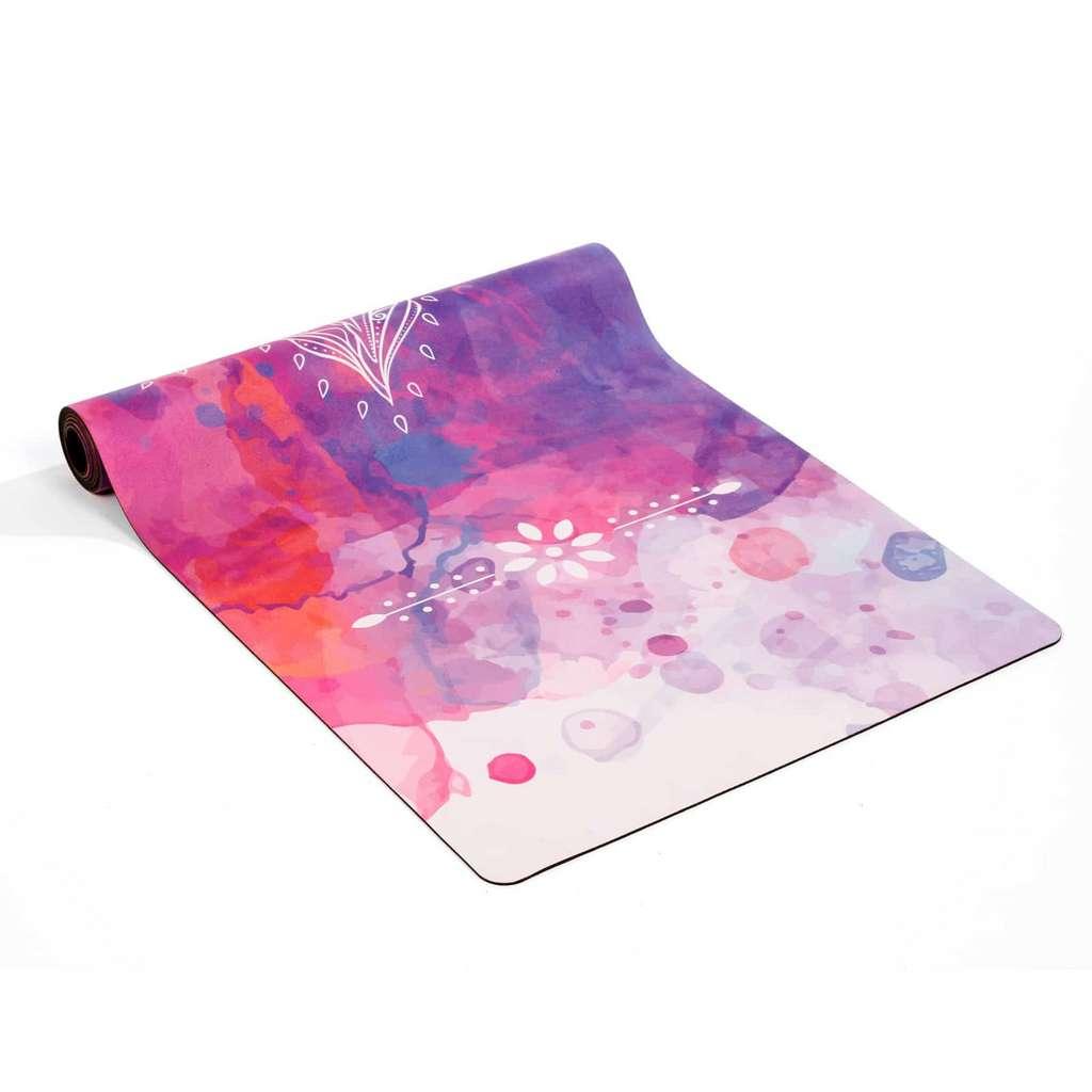Tapis de yoga long rose ou bleu, 14,98 euros chez Nature & Découvertes. © Droits réservés
