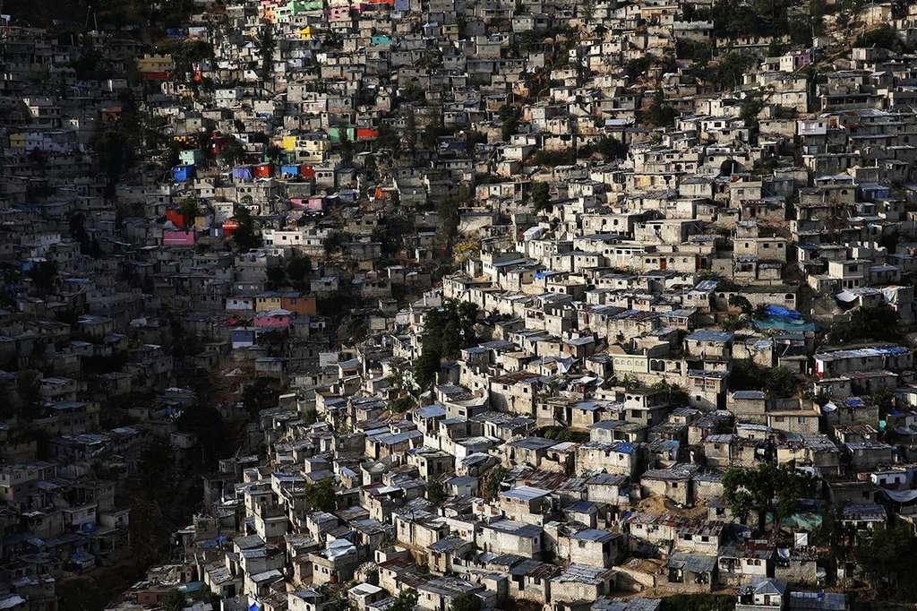 L'espèce humaine a besoin de surface. Image saisie à Haïti. © Yann Arthus-Bertrand