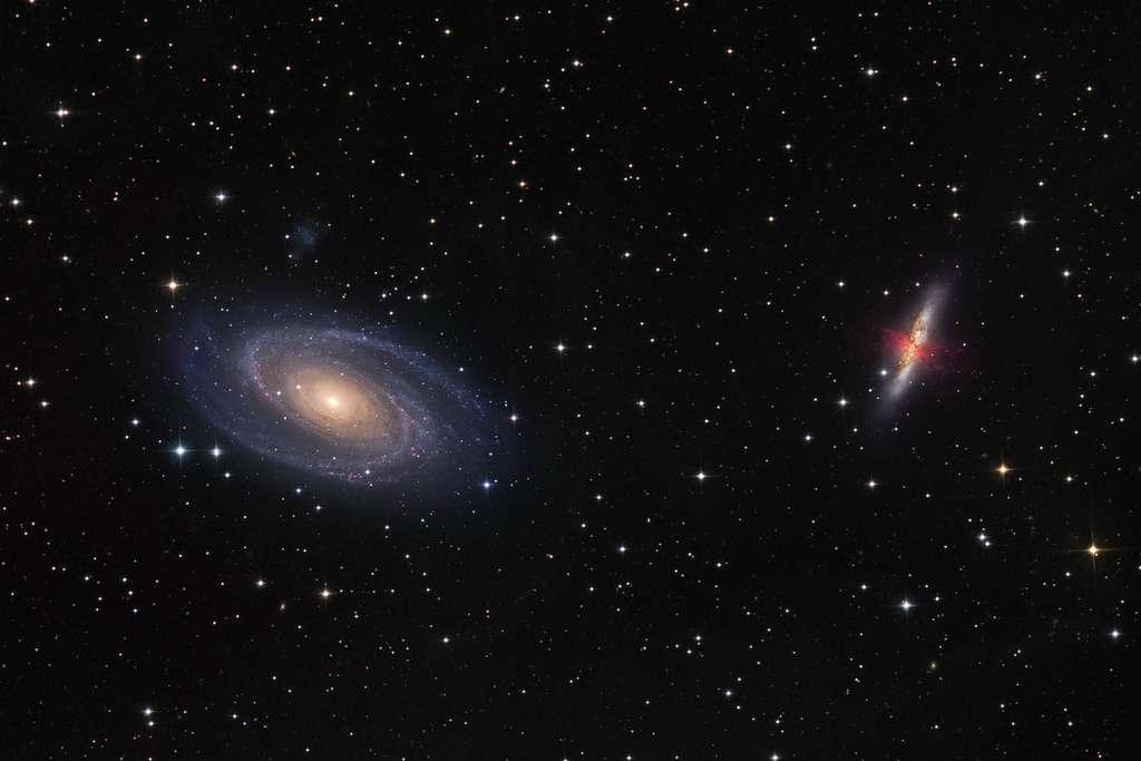 M 81 (à gauche) et M 82 forment un célèbre couple de galaxies dans la constellation de la Grande Ourse. © Johannes Schedler