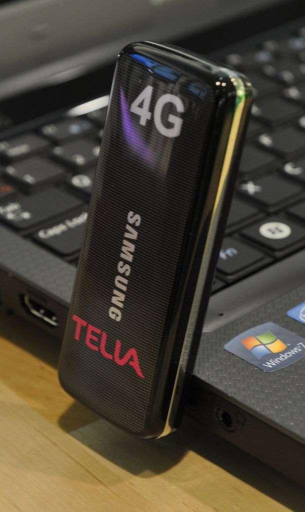 Les Modem USB LTE permettent l'accès à la 4G tout comme les smartphones. © Prolineserver, CC by-sa 3.0