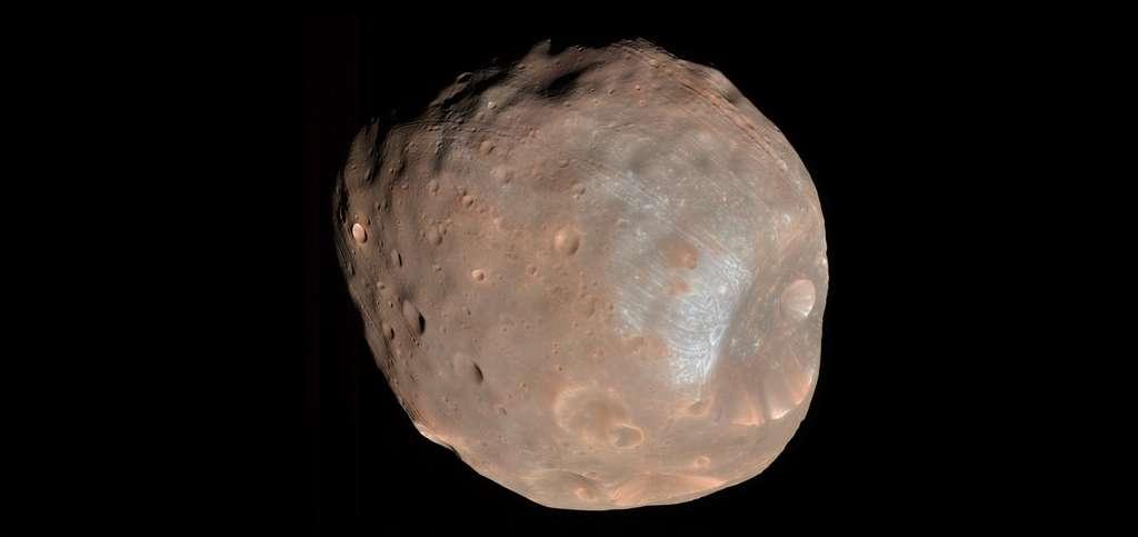 Phobos, une des deux lunes de Mars, photographiée par la sonde MRO. © Nasa/JPL-Caltech/University of Arizona