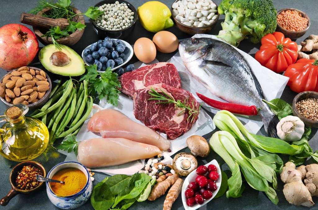 Une alimentation équilibrée contient tous les groupes alimentaires. © Alexander Raths, Adobe Stock