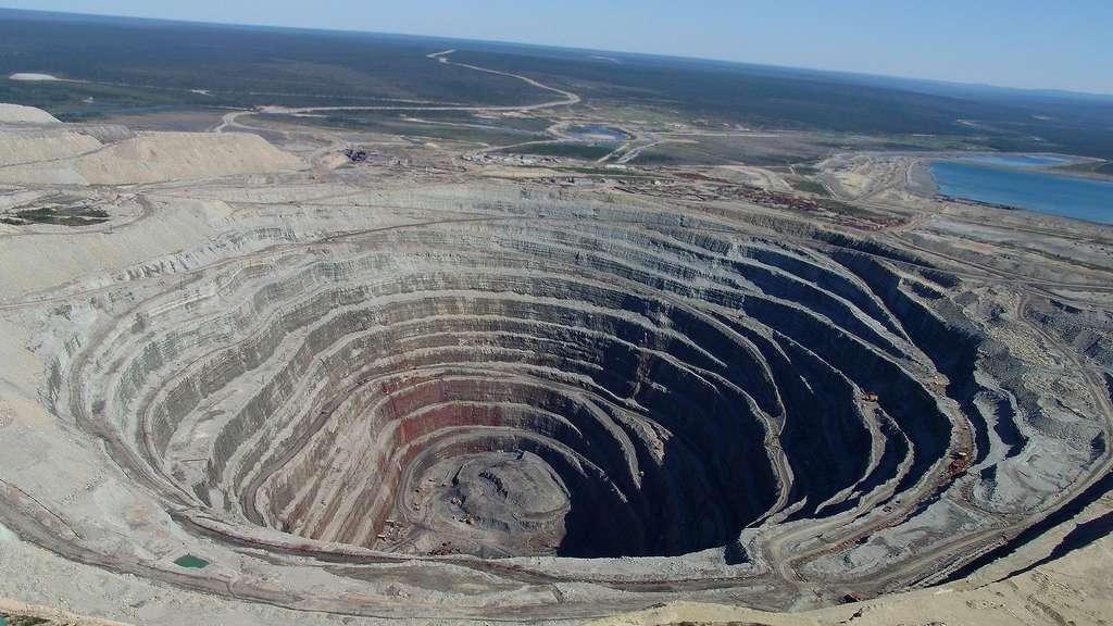 La mine de diamant d'Oudatchnaïa, en Russie