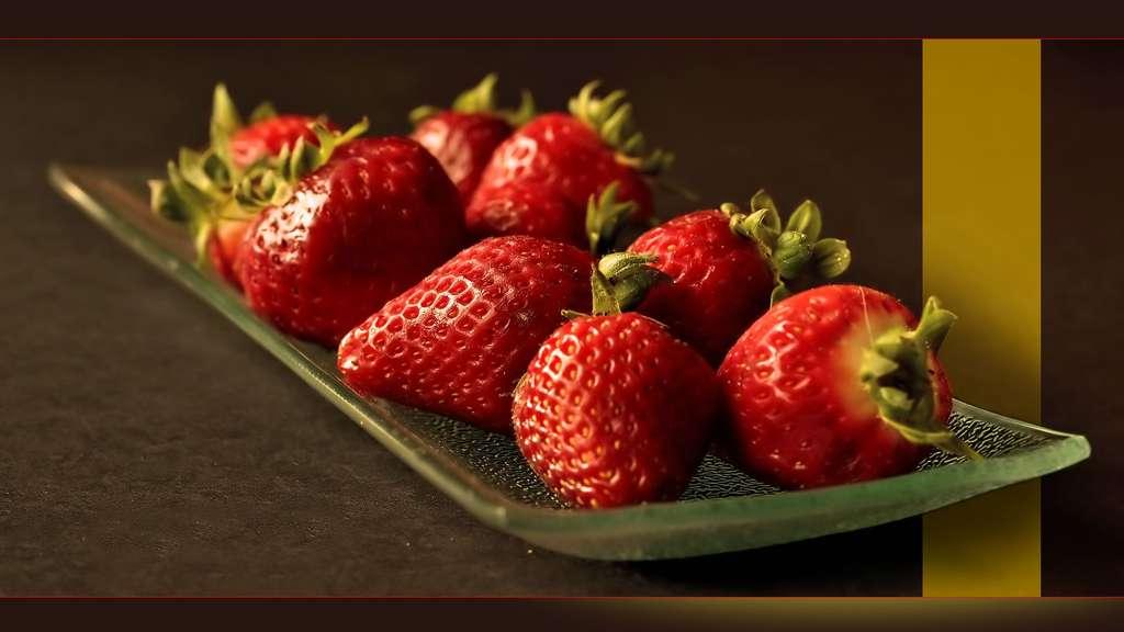 La fraise Gariguette, issue du croisement des variétés Belrubi et Favette